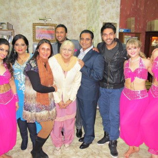 Karan Pangali & KSPARK Bollywood Dancers perform on 'The Kumars' alongside Bollywood singer Ash King and actors of hit Indian TV show 'Goodness Gracious Me'