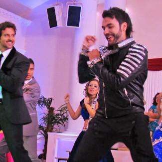 Karan Pangali and Hrithik Roshan on set