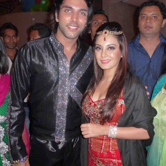 Karan Pangali and Bollywood actress Minissha Lamba