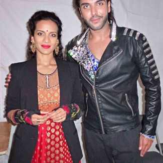 Karan with Bengali/Tamil sitar player and composer Anoushka Shankar. She is the daughter of Ravi Shankar and the half-sister of Norah Jones.